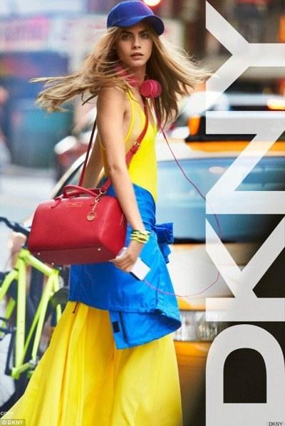 海外セレブファッション通信 - 画像・動画 --カーリー・クロス12194