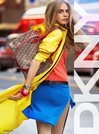 海外セレブファッション通信 - 画像・動画 --カーリー・クロス12192