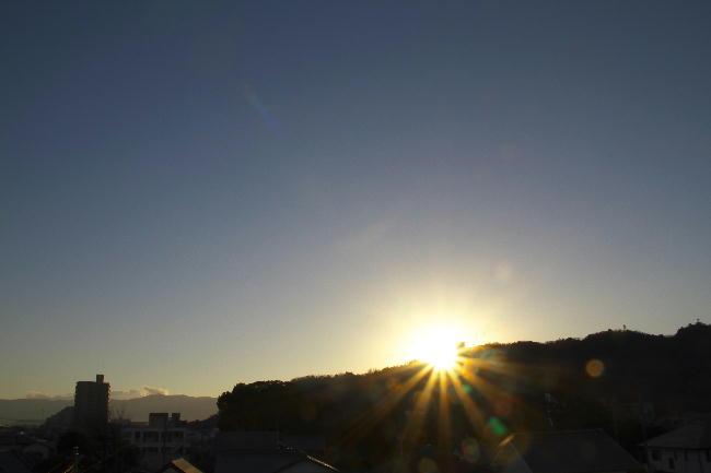 日の出26
