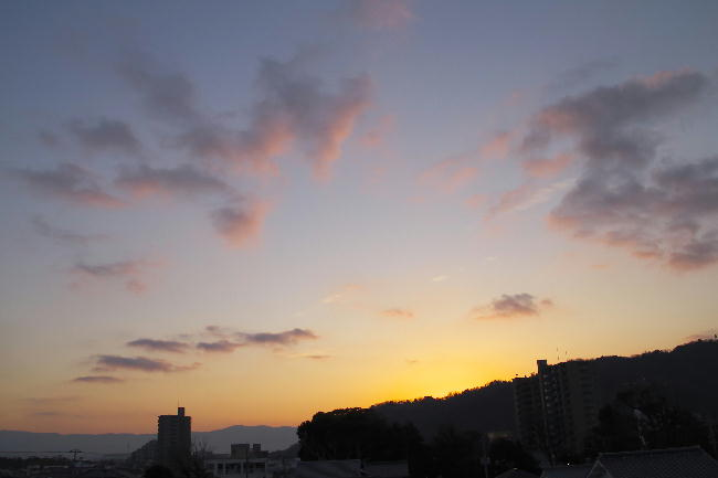 8日の日の出前