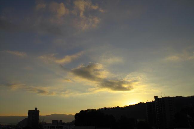11日の日の出前