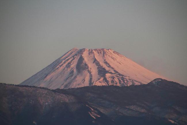15日 6-56-今朝の富士山
