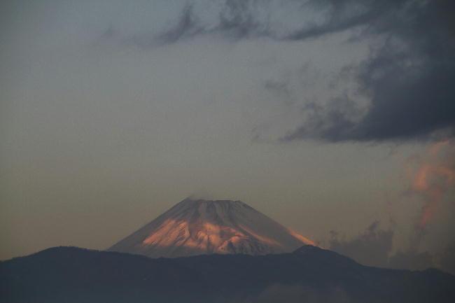 18日 7-02-今朝の富士山