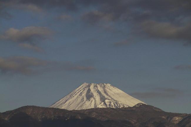 19日 8-00 今朝の富士山