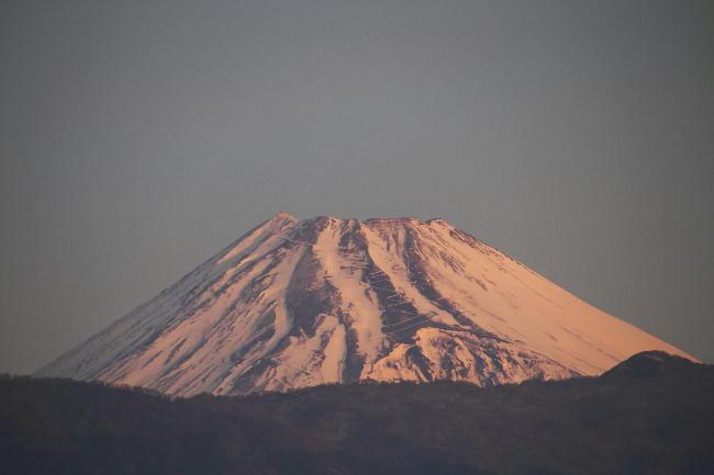 30日 6-56 今朝の富士山