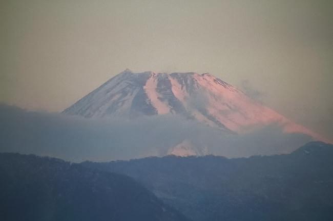 22日 6-24 今朝の富士山1