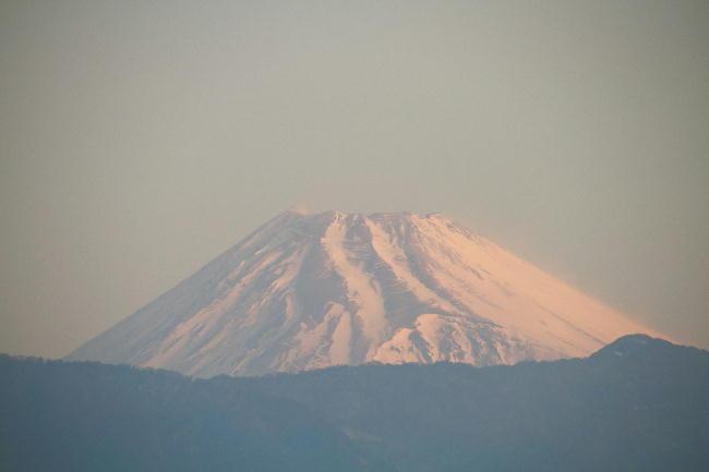 23日 6-32 今朝の富士山