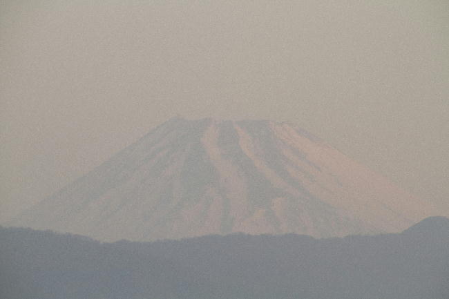 7日 6-15 今朝の富士山1