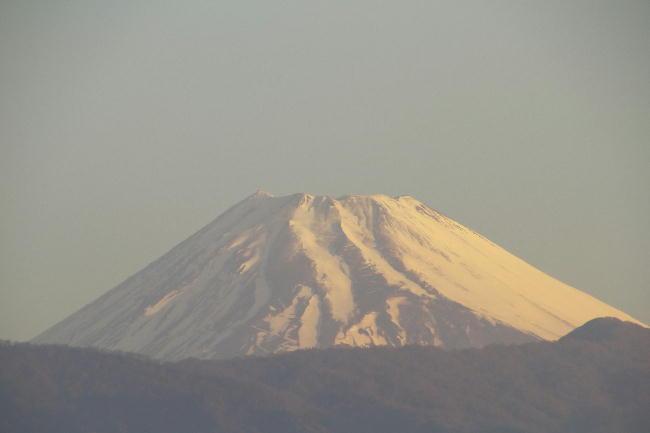 17日 6-12 今朝の富士山1