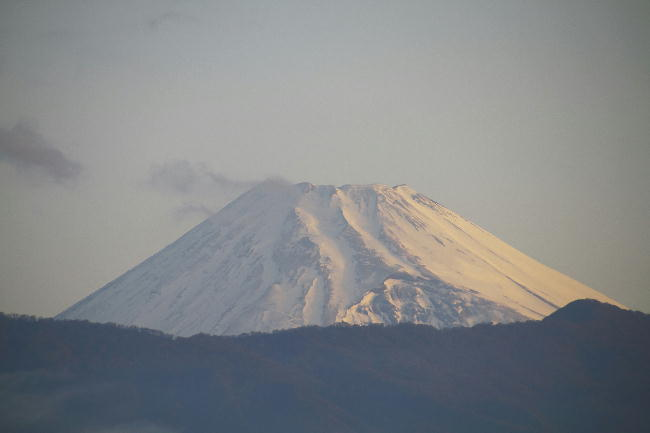 22日 5-25 今朝の富士山