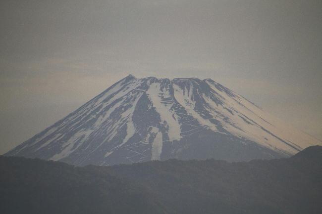 19日 5-03 今朝の富士山