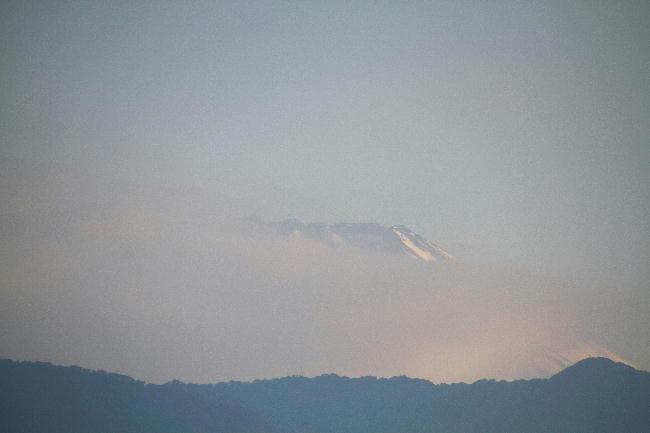 24日 5-38 今朝の富士山