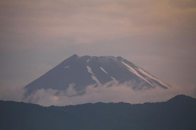 23日 4-42 今朝の富士山