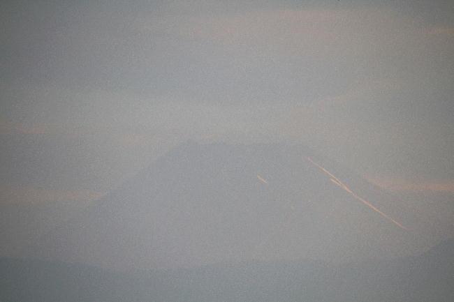 13日 5-01 今朝の富士山
