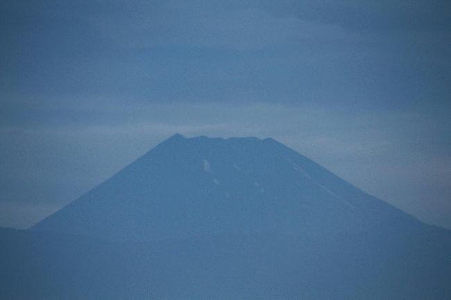 14日 4-30 今朝の富士山
