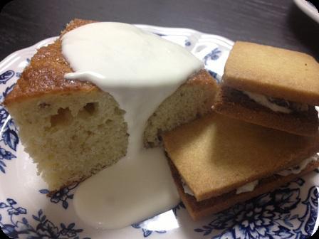 バナナケーキ・バターサンド