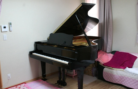 グランドピアノC5A
