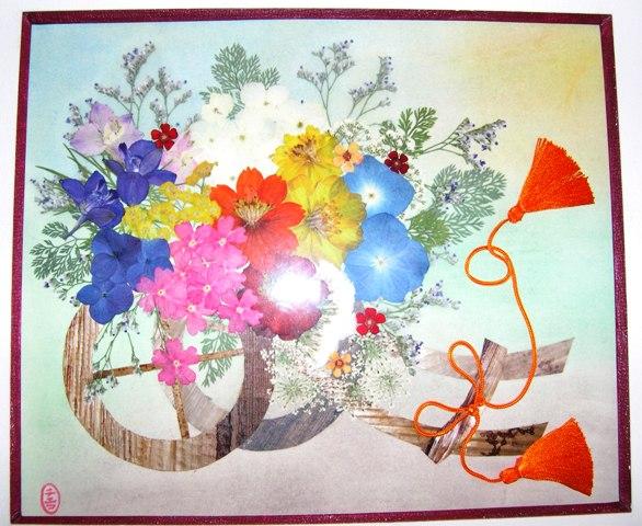 押花絵ア-ト 2.王朝絵巻の色彩感覚を偲ばせる草花の自然色。JPG