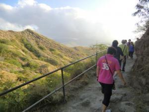 ダイヤモンドヘッド登山2