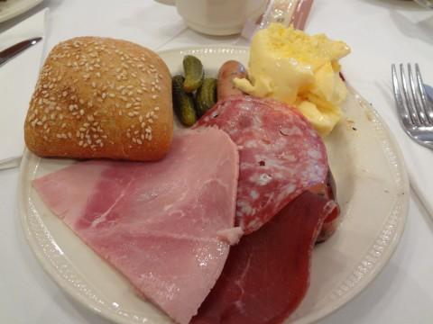 コルマール朝食