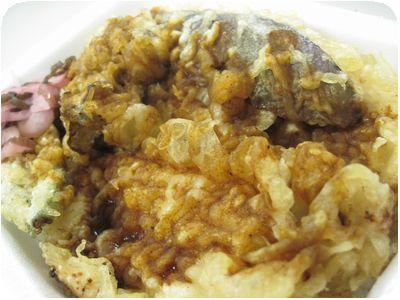 鶏天丼 カレーだれ弁当+ナス天+舞茸天