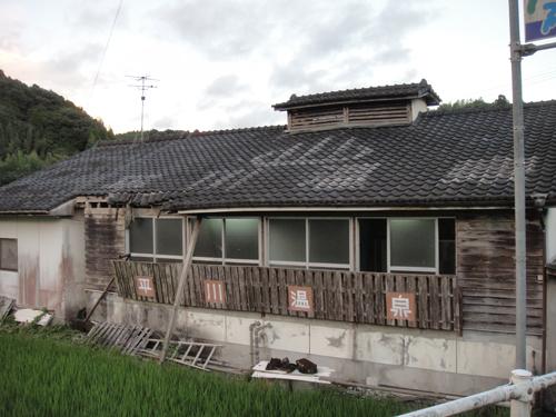 2012081630.jpg