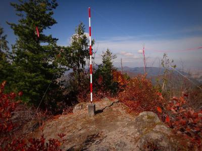 16.図根点のある奥宮山の山頂