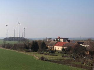 Windpark_Feldheim_Quelle_Foerderverein_des_Neue_Energien_Forum_Feldheim_320x240.jpg