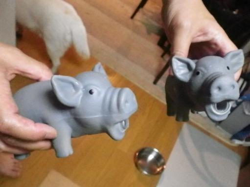 2012.7.2 ぶたのおもちゃ