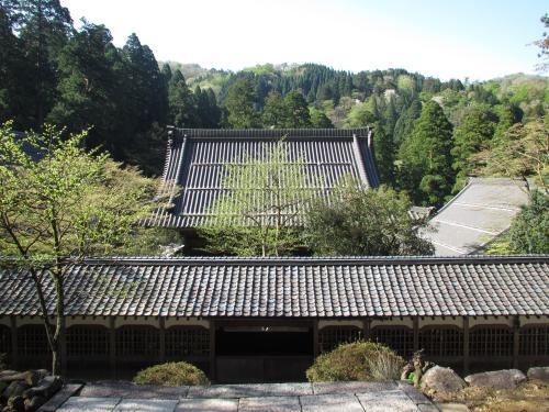 法堂からの仏殿