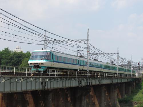 381系くろしお大和川