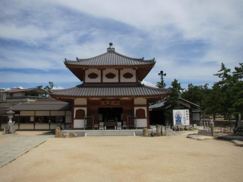 厳島神社護摩堂