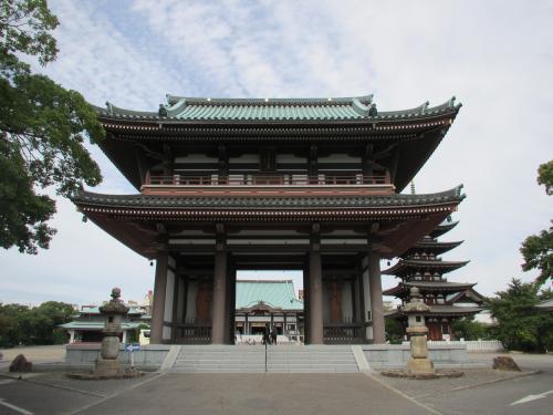 日泰寺山門