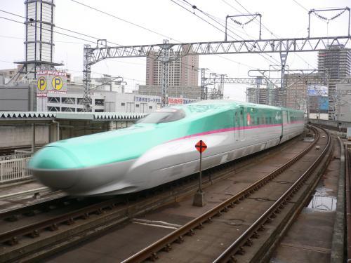 はやぶさ 仙台駅