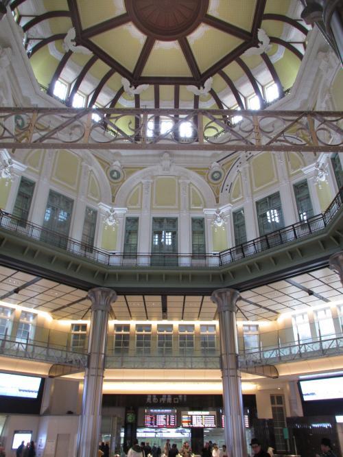 東京駅丸の内側内部