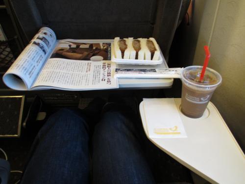 グリーン車内での朝食
