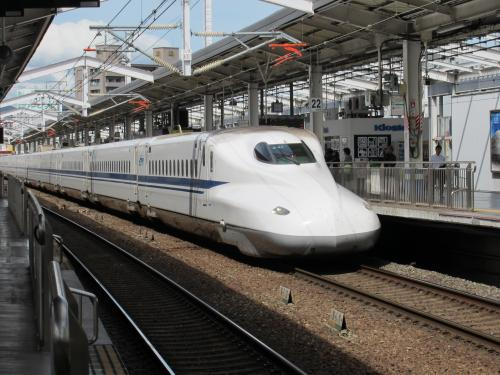 N700系岡山駅