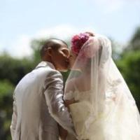 亀田興毅と嫁・伊東美香の画像・写真