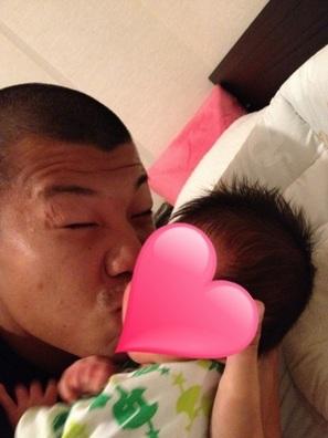 亀田興毅と息子の画像1