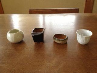 小さい器と小さい鉢