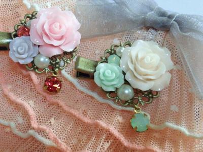 ドール用薔薇カボションとクイスタライズのヘアクリップ3_convert_20120528124602