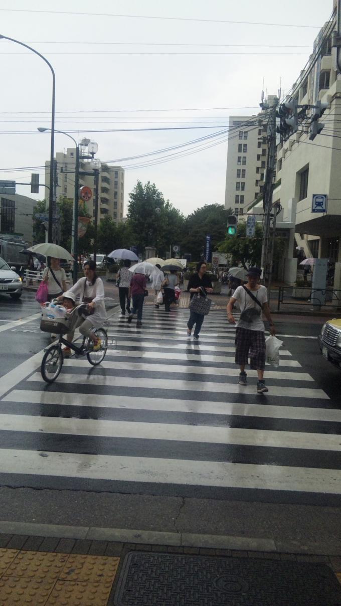 RAIN  IN  DOWN  TOWN_20120818