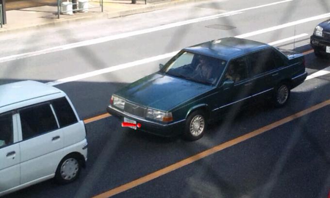 VOLVO  V  80_20120916