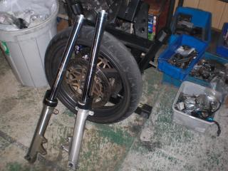TUフォーク修理&タイヤ交換 (2)