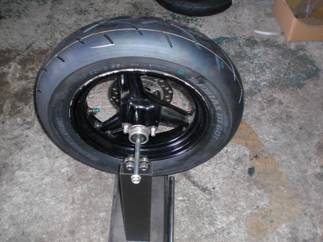 豆タイヤ交換 (4)