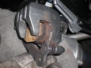 AK作業開始、後周りとエンジン (8)