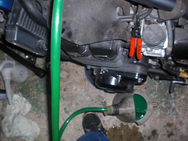 AK作業開始、後周りとエンジン (33)