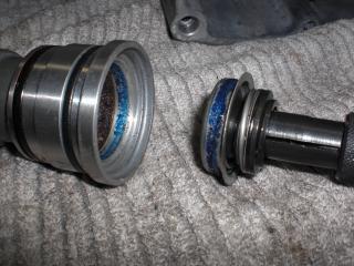 NMエンジン腰下組立 (2)