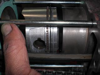 NMエンジン腰下組立 (28)