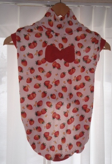 イチゴ服-1